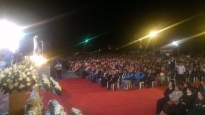 Algunos de las más de 4.000 personas que se juntaron en Maghdouche, Líbano en la aparición de Ivan