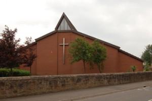 Iglesia de San Juan Bautista en Motherwell, Escocia, lugar en el que Iván habló y tuvo dos apariciones.