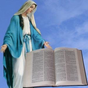 Orando con María a través de la Biblia