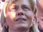 """Mirjana durante la aparición del 2 de agosto de 2009 mira al sol mientras se producía uno de los """"milagros más grandes del sol (ver vídeo abajo)"""""""