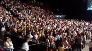 Parte de los asistentes a la aparición pública que tuvo Iván el día 6 de marzo en el Luna Park de Buenos Aires, todo ello aprobado por el entonces cardenal Bergoglio