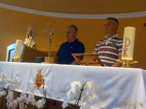 Después de la aparición Iván le habla a los sacerdotes