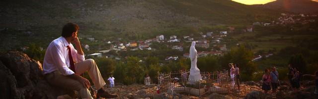 Juan Manuel Cotelo, Abogado del Diablo en Marys Land, en el Monte de las apariciones de Medjugorje