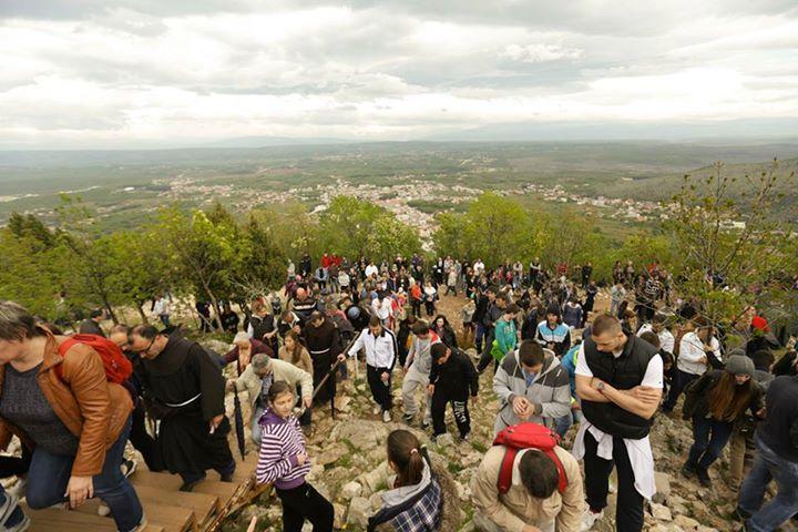 Via Crucis del Viernes Santo en el Krizevac 10