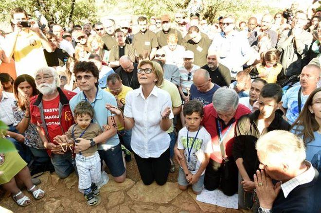 Aparición de la Virgen a Mirjana en Medjugorje el 2 de julio de 2015 - 11
