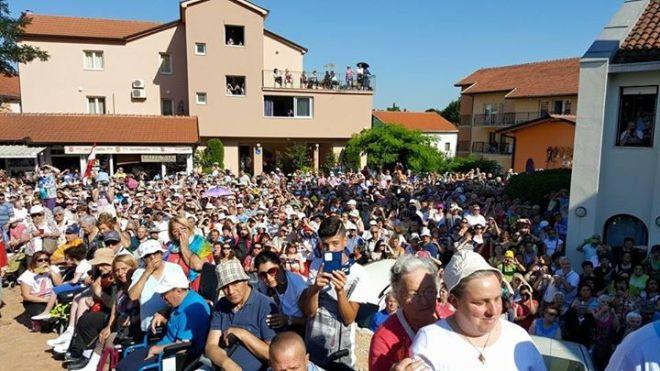 Aparición de la Virgen a Mirjana en Medjugorje el 2 de agosto de 2015 - 4