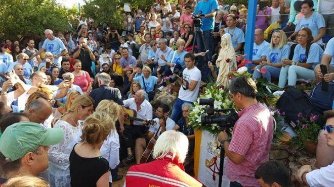 Aparición de la Virgen a Mirjana en Medjugorje el 2 de agosto de 2015 - 6