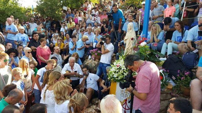 Aparición de la Virgen a Mirjana en Medjugorje el 2 de agosto de 2015 - 7