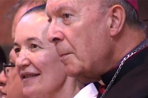 Arzobispo André-Joseph Léonard y la vidente Vicka de Medjugorje