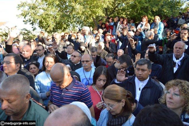 Aparición de la Virgen a MIrjana el 2 de octubre de 2015 en Medjugorje - 5