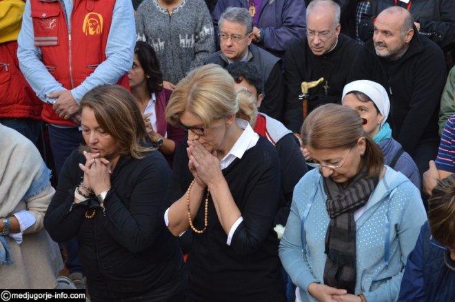 Aparición de la Virgen a MIrjana el 2 de octubre de 2015 en Medjugorje - 8