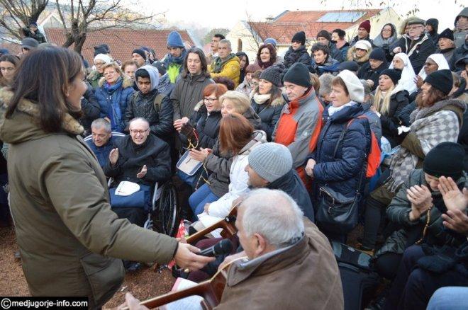 Aparición de la Virgen a Mirjana en Medjugorje el 2 de diciembre de 2015 - 11