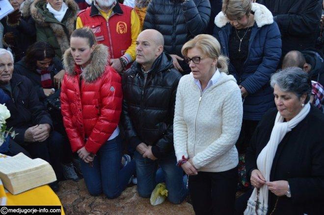 Aparición de la Virgen a Mirjana en Medjugorje el 2 de diciembre de 2015 - 2