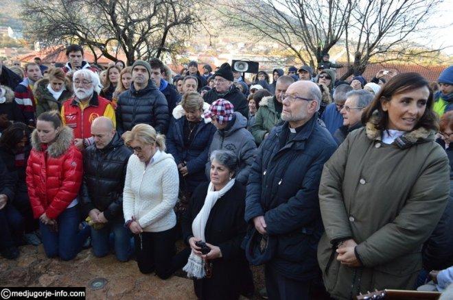 Aparición de la Virgen a Mirjana en Medjugorje el 2 de diciembre de 2015 - 3