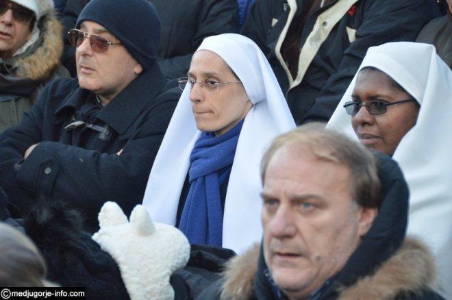 Aparición de la Virgen a Mirjana en Medjugorje el 2 de diciembre de 2015 - 6