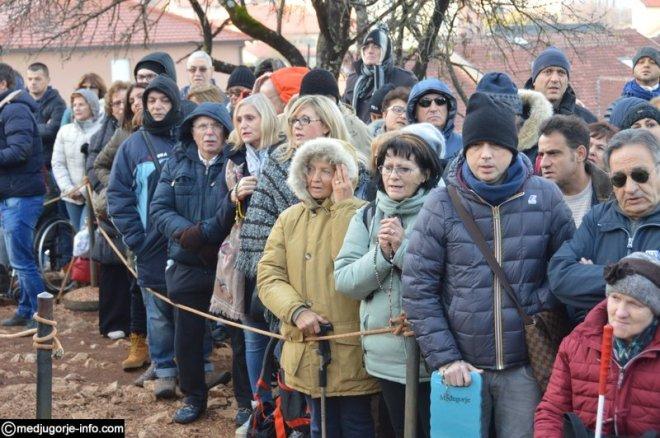 Aparición de la Virgen a Mirjana en Medjugorje el 2 de diciembre de 2015 - 8