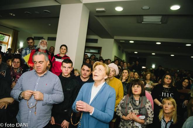 Aparición de la Virgen a Mirjana en Medjugorje el 2 de febrero de 2016 - 8