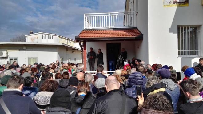 Testimonio de Vicka a los peregrinos en Medjugorje 1