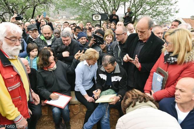 Aparición de la Virgen a Mirjana el 2 de abril de 2016 en Medjugorje - 12