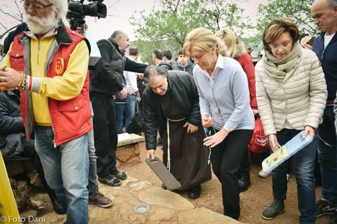 Aparición de la Virgen a Mirjana el 2 de abril de 2016 en Medjugorje - 4
