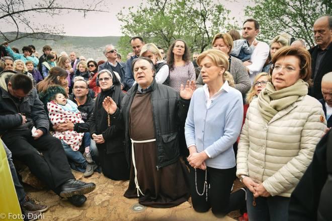 Aparición de la Virgen a Mirjana el 2 de abril de 2016 en Medjugorje - 7