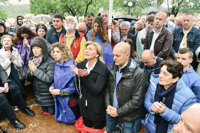 Aparición de la Virgen a Mirjana el 2 de mayo de 2016 en Medjugorje - 11